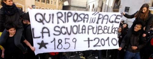 sit-in-gelmini-pp IL FATTO.jpg